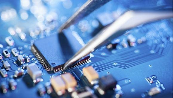 """""""芯""""制造,人工智能产业发展的关键点"""