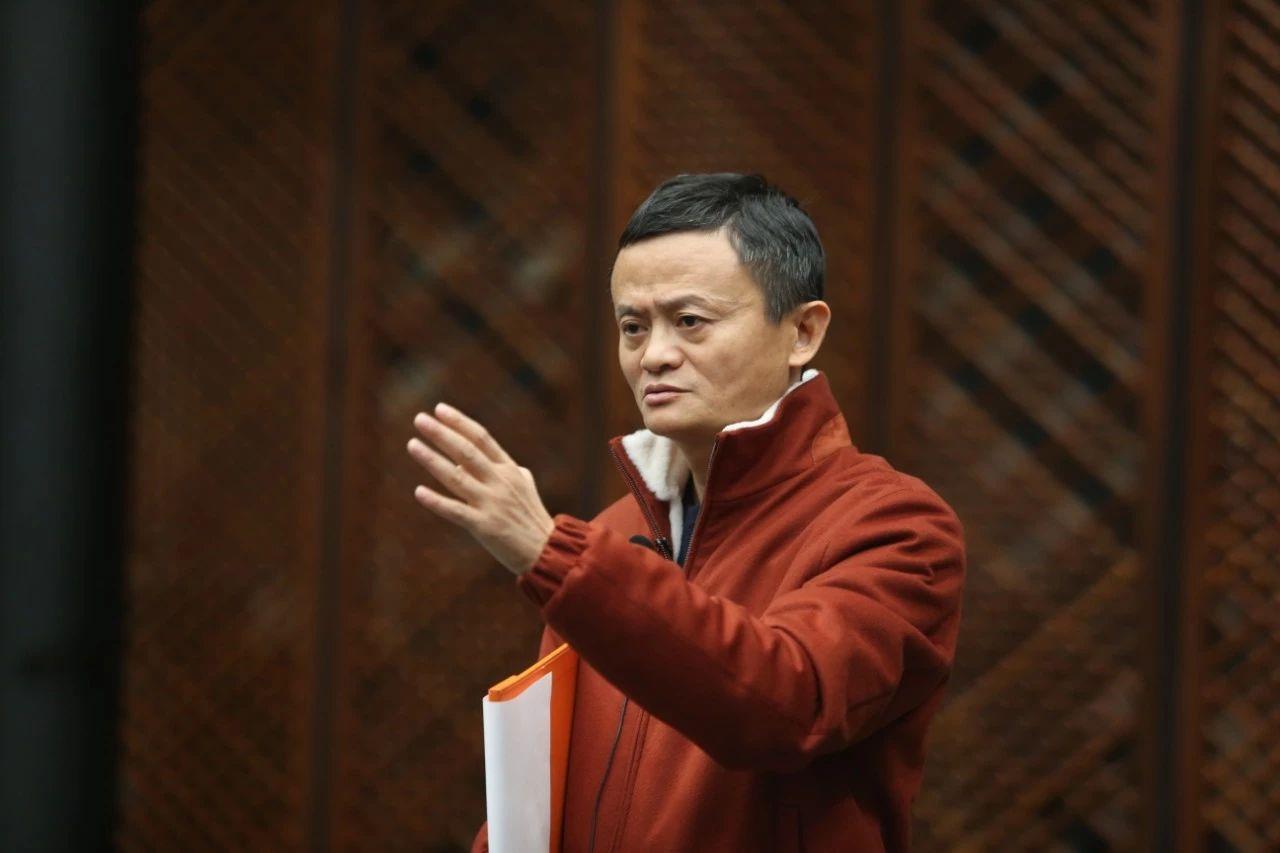 马云在湖畔大学演讲:寒冬里,有企业家精神的人才能活!